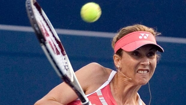 Former tennis great Monica Seles, seen during a Rogers Cup exhibition match in 2009, is set to makes her return to Toronto for the first time since she was inducted to the Rogers Cup Hall of Fame in 2009.