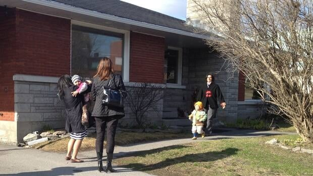 Parents and children return to the Roots of Life Montessori daycare in Gatineau, nearly three weeks after a murder-suicide took place inside.