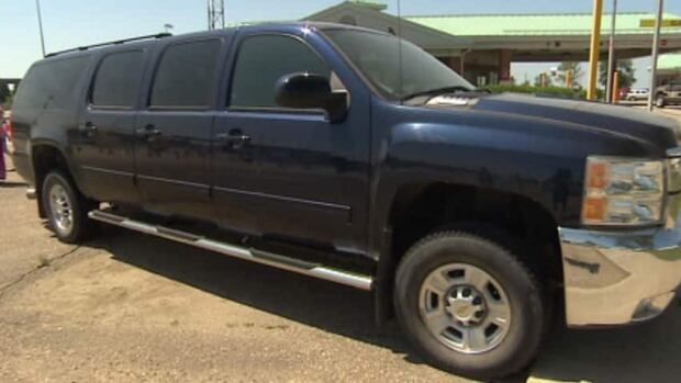 The Morris family thought a custom SUV-pickup truck would be perfect to get around with their eight children.