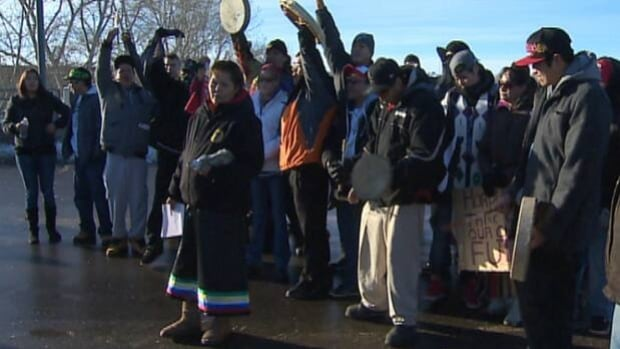 About 75 people marched seven kilometres from Nose Hill Park to the 14 Street Bridge where Idle No More protestors waved signs and chanted while blocking traffic for several hours.