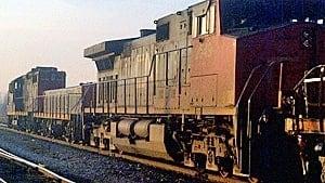 si-cn-traincloseup-300