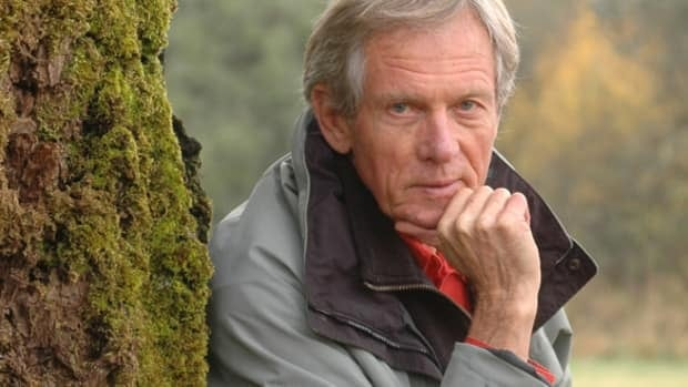 Canadian naturalist painter Robert Bateman is one of the artists whose work will form part of the exhibit.