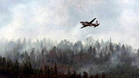 Firefighting plane crashes in Alberta