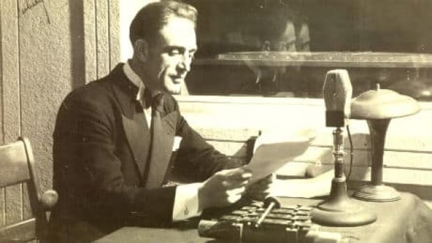 nl-macdonald-aubrey-1940s