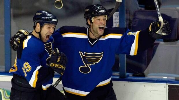 Bill Guerin, right, and Doug Weight, shown here in 2006, will be headed to the U.S. Hockey Hall of Fame.