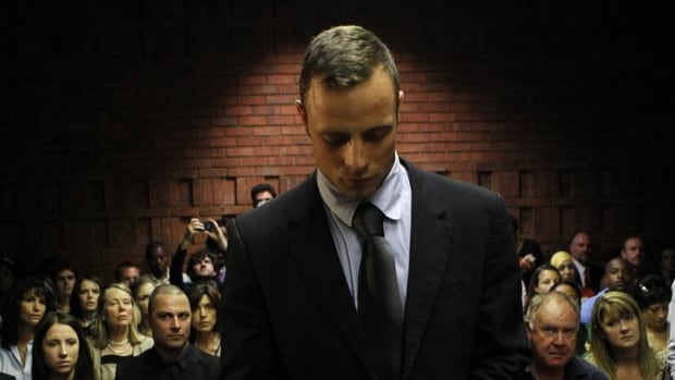 Oscar Pistorius should be allowed to leave South Africa with written permission, his lawyers say.