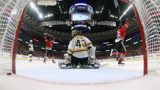Stanley Cup Stories Blackhawks Outlast Bruins Nhl On