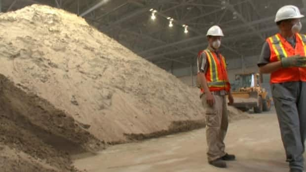 Cardero Resources is testing iron extraction from sand in Happy Valley-Goose Bay.