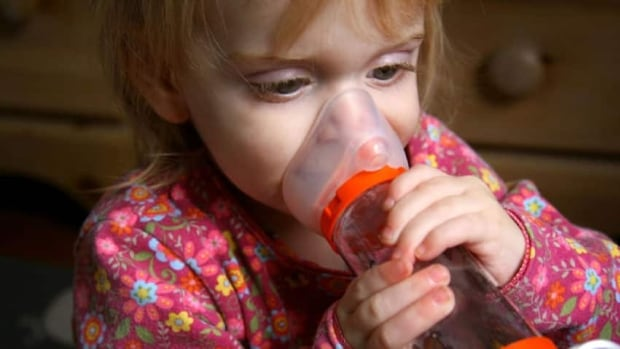 Average asthma rates among kids in the U.S. aged 17 and younger increased slightly, then levelled off and declined by the end of the 2001-13 study.