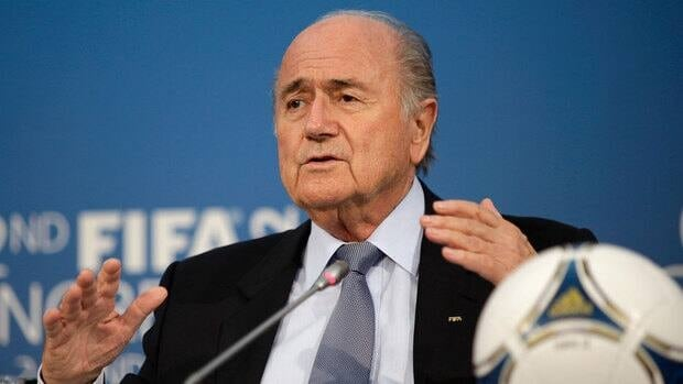 FIFA President Joseph Blatter says only FIFA's Congress can remove the 96-year-old Joao Havelange as FIFA honorary president.