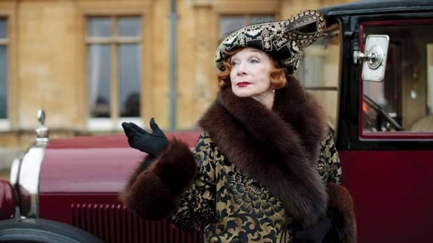 Shirley MacLaine will be back on Downton Abbey next season, reprising her role as the free-wheeling American heiress on the popular British drama