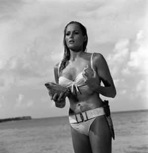 si-dr-no-ursula-andress-300-cp-03369137