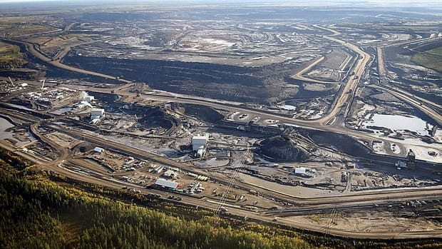 Oil produced from Alberta's oilsands sells for up to $50 a barrel less than oil that Canada needs to import.