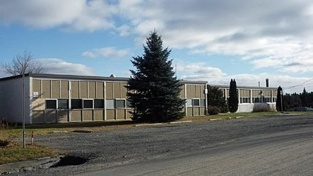 The former Jessie Hamilton School in Lively is slated for redevelopment into a seniors housing complex. Sudbury's planning committee approved the plans by developer Seeley Homes on Monday night. The project now goes for final approval at a city council meeting Tuesday night.