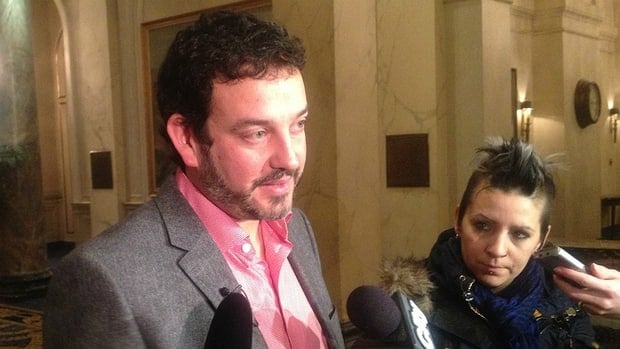 The President of the Alberta Federation of Labour, Gil McGowan, is urging the province to build a new bitumen upgrader.