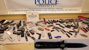 pe-hi-bladez-seized-knives-4col