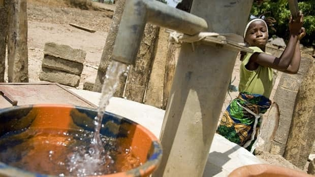 Data suggests Canadians are directing more of their charitable giving to international causes, such as this UNICEF water project in Sierra Leone.