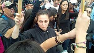 mi-300-yatim-protest