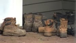 si-boarding-house-boots_1