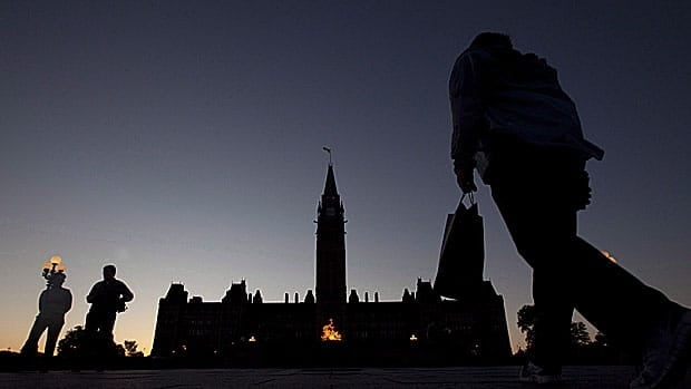 The federal government is shuffling its top civil servants in the country's economic portfolios, with new deputy ministers for International Trade and Treasury Board, as well as senior civil servants at Finance and at Industry Canada.