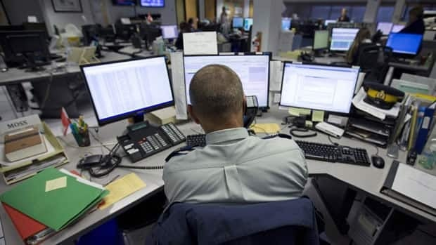 RCMP will use social media to give a sense of the goings-on at their 911 call centre.