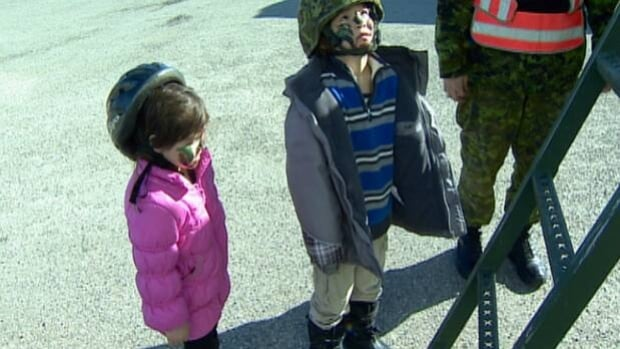 Calgary's 41 Brigade Group held an open house at the former CFB Currie Barracks Saturday afternoon in an effort to recruit reservists.