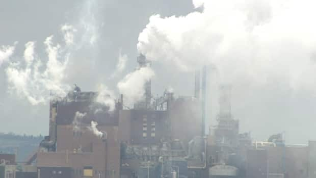 In January 2011, the federal government announced it was giving the Northern Pulp $28 million under its Green Transformation Program to improve environmental performance at the pulp mill.