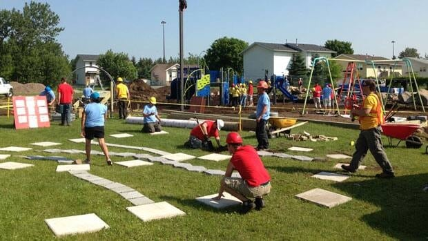Volunteer Children work to redesign Picton Park, and their work will be featured on a TV program.