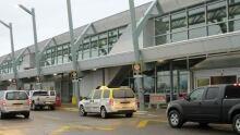 hi-thunder-bay-airport-852