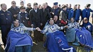 ii-astronauts-220-cp-044251