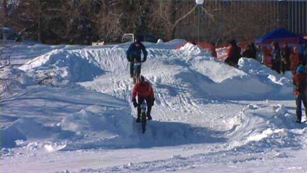 li-snow-bike-3_1