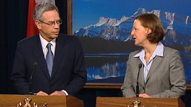 Federal Natural Resouces Minister Joe Oliver meets with Alberta Premier Alison Redford Friday at the legislature.