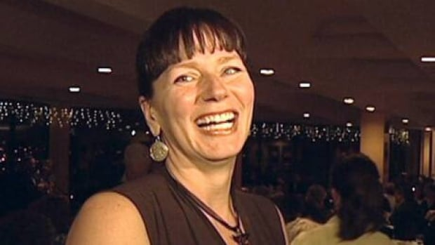 NDP leader Tom Mulcair endorsed Sheilagh O'Leary for St. John's mayor.