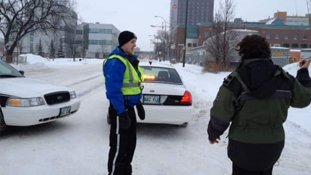Police closed part of William Avenue, in front of the Health Sciences Centre, after security guards found a potentially harmful substance inside a man's backpack on Saturday morning.