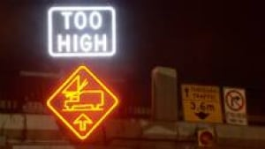 too-high-sign-220