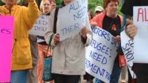 si-refugee-protest-220