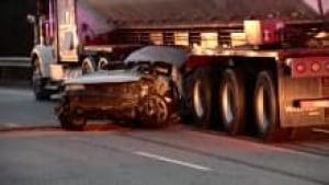 ns-highway-102-crash-pic_220x124_1