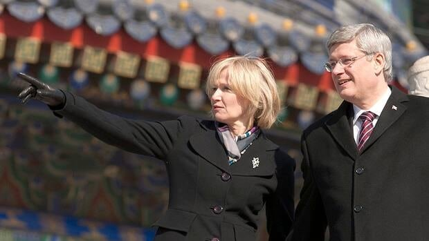 Laureen Harper tours the Temple of Heaven in Beijing with her husband Wednesday.