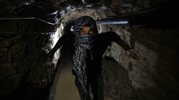 Egyptian forces are flooding smuggling tunnels under the Egypt-Gaza border,  aiming to hamper the illicit flow of weaponry and commercial goods.