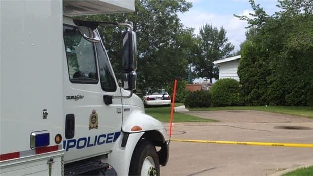 Edmonton police investigate a suspicious death at the Oakridge Mobile Home Park Monday.