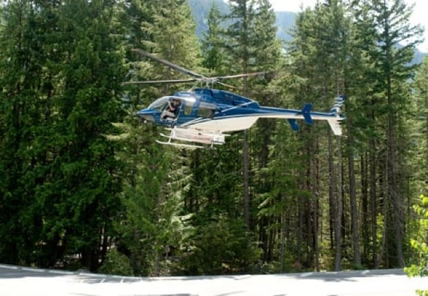 fi-bc-130629-nairn-falls-plane-glider-crash-helicopter-5