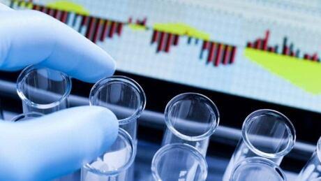 hi-gene-patent-lab-852-istock000017058964