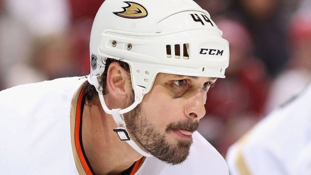 Ducks defenceman Sheldon Souray will need four to six months to recover from surgery to repair a torn ligament in his right wrist.