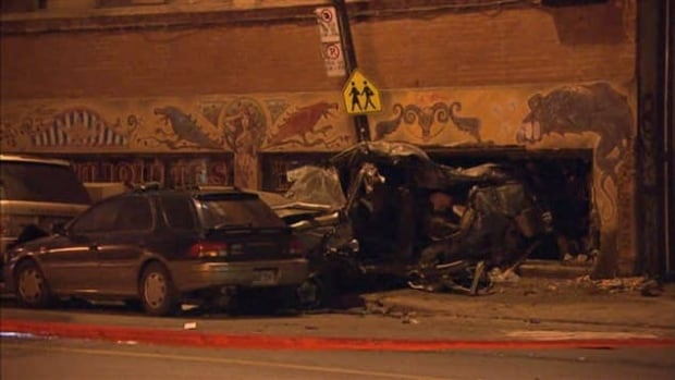 A driver, 21, has died after losing control of his vehicle in Montreal's Mile End neighbourhood.