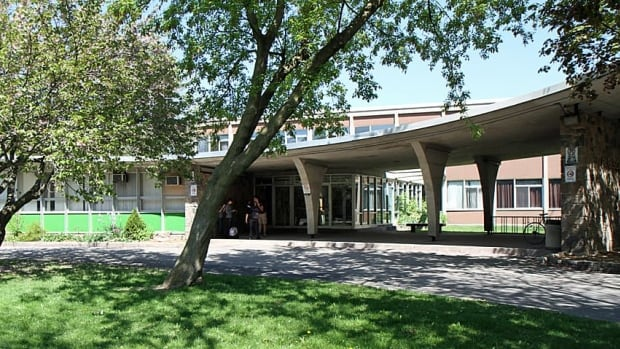 The Hamilton-Wentworth District School Board will vote Monday to offer vacant schools to house refugees. That includes Parkside Secondary School in Dundas.