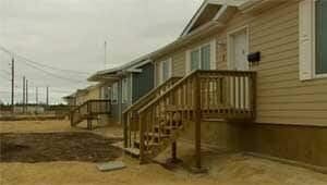 mi-lake-stmartin-houses-120327