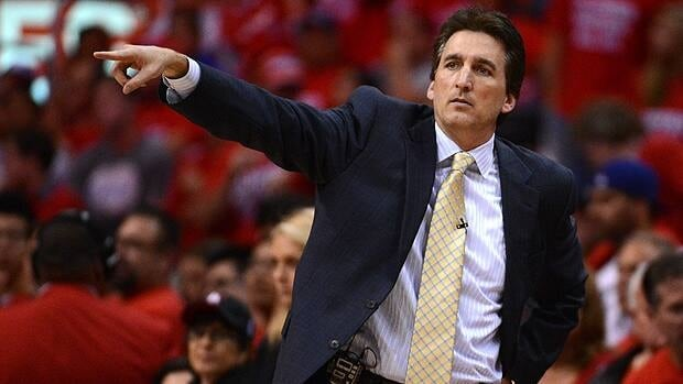 Head coach Vinny Del Negro of the Los Angeles Clippers reacts in the second half while taking on the San Antonio Spurs.