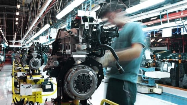 Canada added 21,000 manufacturing jobs in April, the first time the sector has seen growth since June, Statistics Canada said Friday. Overall, 12,500 new jobs were created across the country.