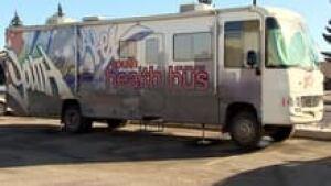 hi-health-bus-852-3col