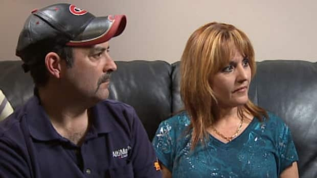 Mark Francis and Cindy Travis hope their story will encourage other families to keep a close eye on elderly family members.